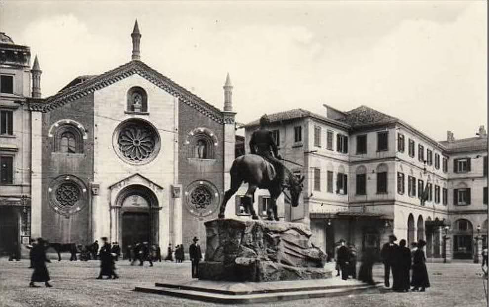 una vecchia foto della Basilica di San Giovanni in Conca