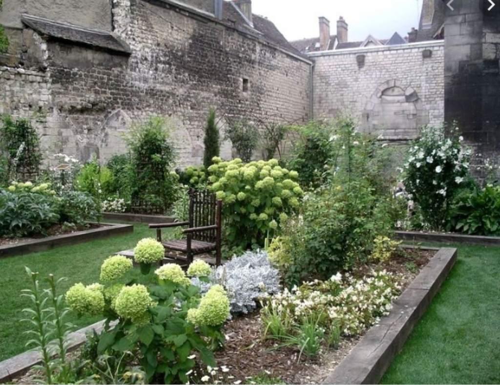 Giardino degli Innocenti_Troyes