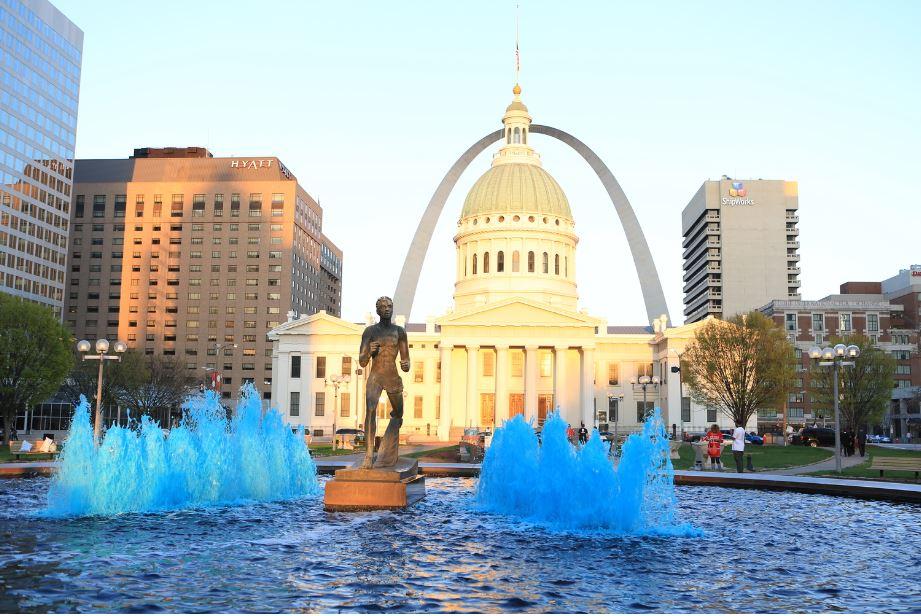 @Brand USA_Saint Louis_Missouri_low