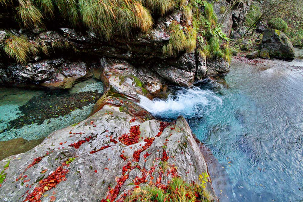 una piscina naturale in val vertova