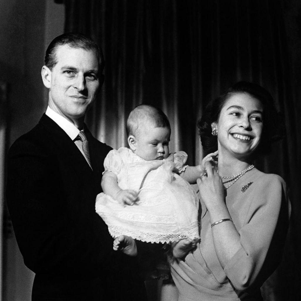 Principe Filippo Regina Elisabetta II e figlio