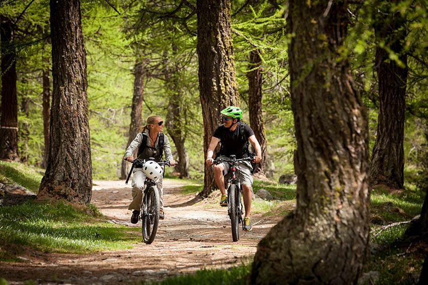 COURMAYEUR MONT BLANC ebike biciclette