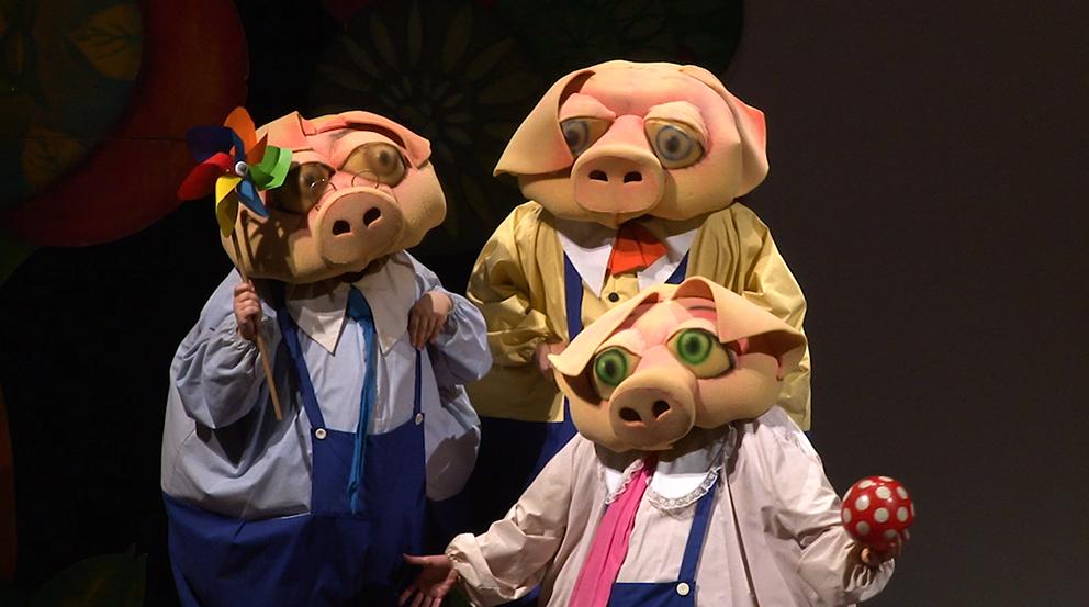 I tre porcellini maschere tratrali