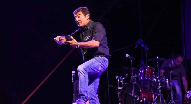 Max Giusti sul palco