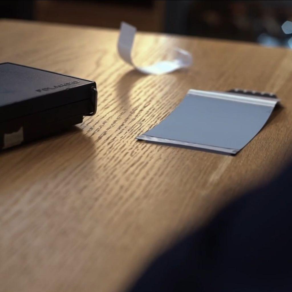 tecnica fotografica con vecchie Polaroid di artista Davide Franchina
