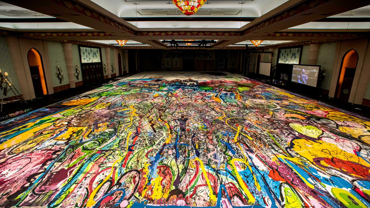 Humanity Inspired la più grande opera mai realizzata The World's Largest Painting to have been Created on Canvas