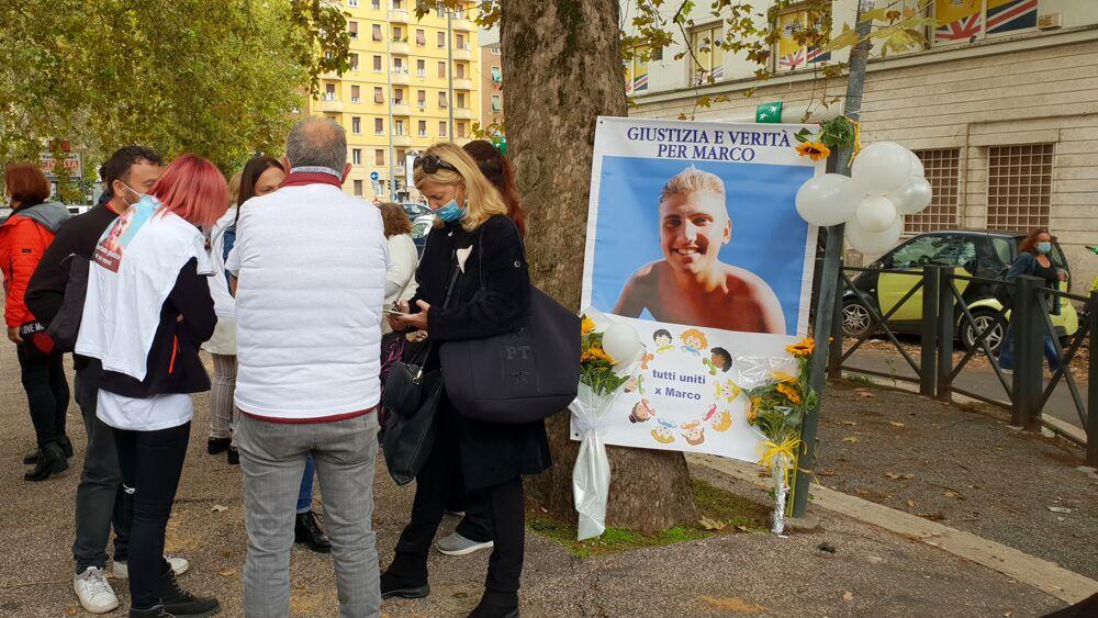 Sentenza Marco Vannini Sit in davanti al Tribunale di piazzale Clodio