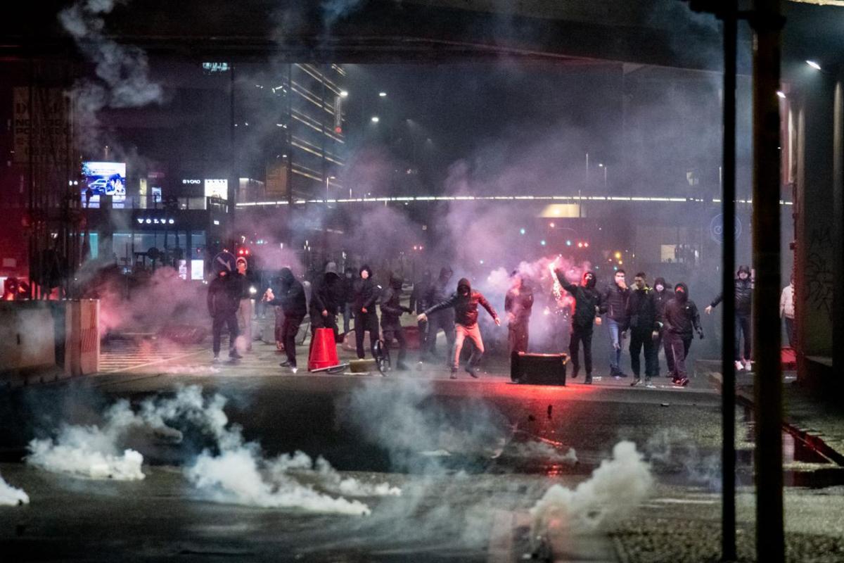 Lockdown manifestazioni non pacifiche a milano