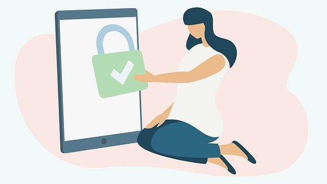 igiene digitale disegno con una donna che mette al sicuro il suo dispositivo