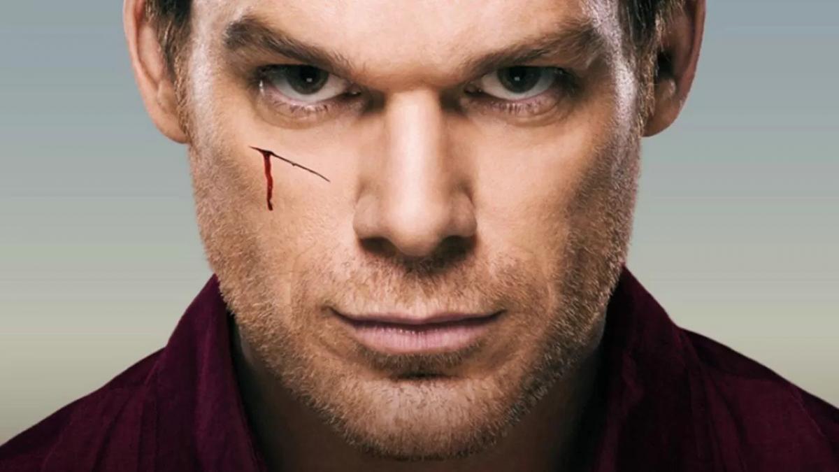 Dexter sta per tornare, primo piano dell'attore che interpreta dexter
