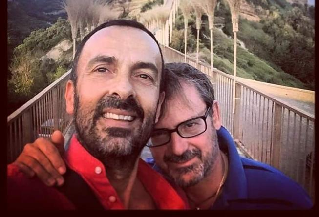 Papa Francesco unioni gay, la coppia gay che ha avuto supporto telefonico dal papa