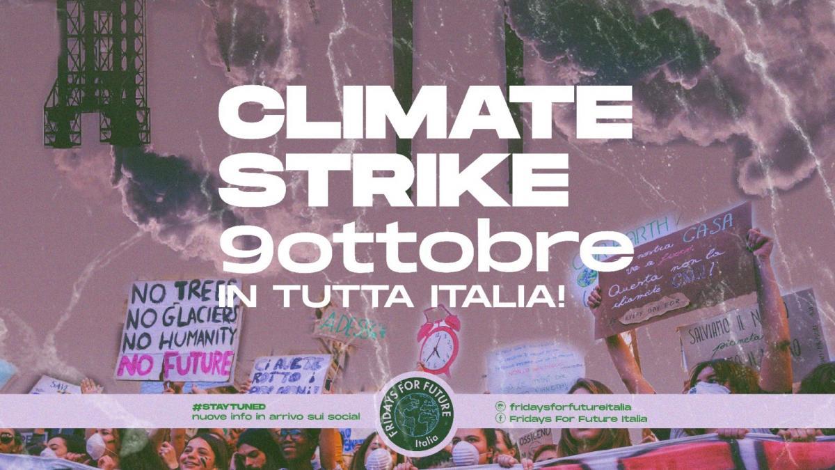 Fridays For Future lancia un nuovo sciopero per il clima locandina dell'evento