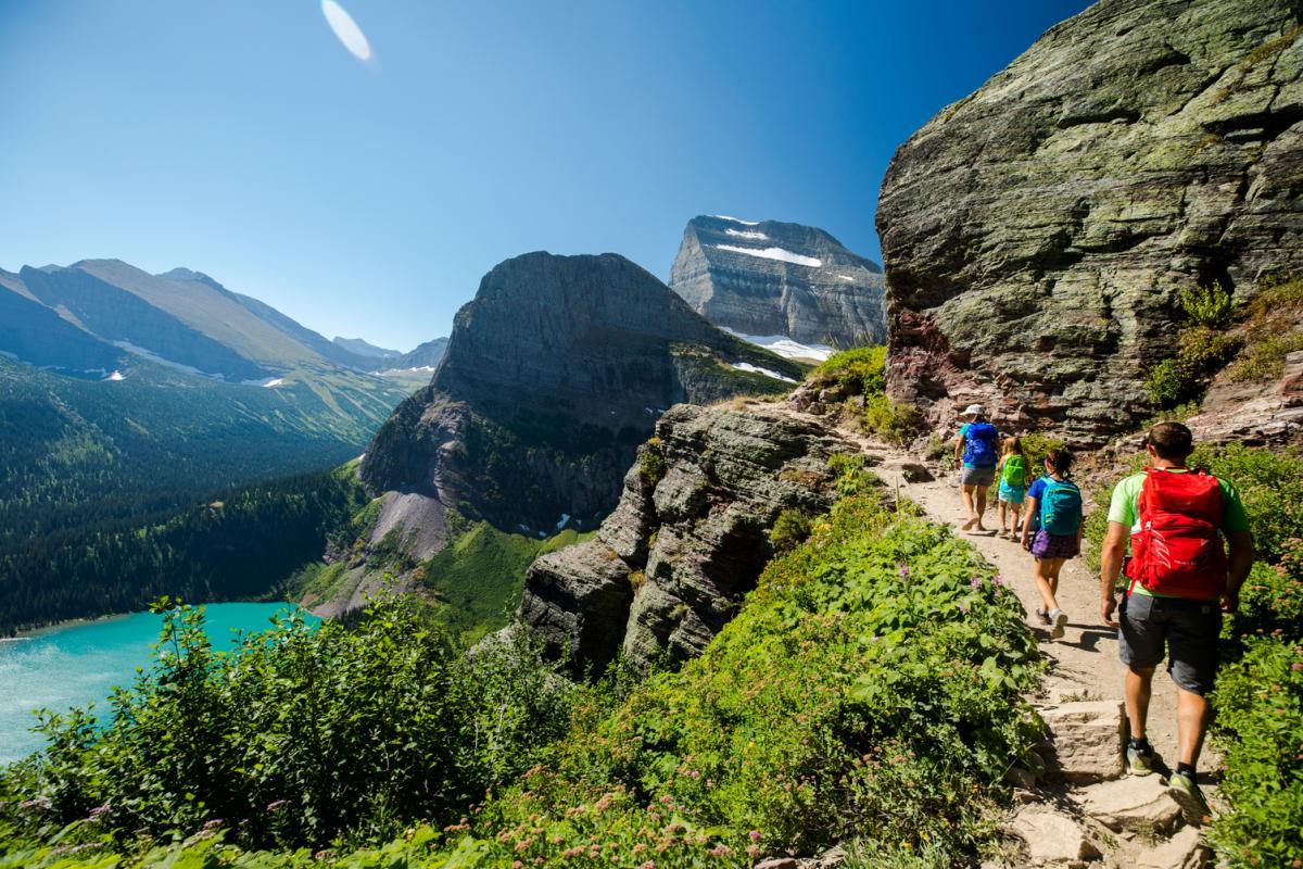 La grandiosa natura degli Stati Uniti passeggiata in montana