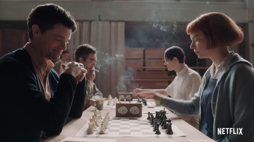 La regina degli scacchi la protagonista sfida un amico