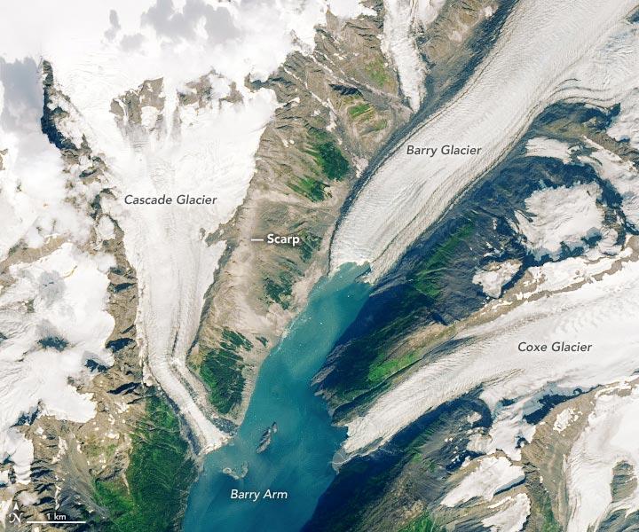 tsunami nel fiordo dell'Alaska immagine satellitare