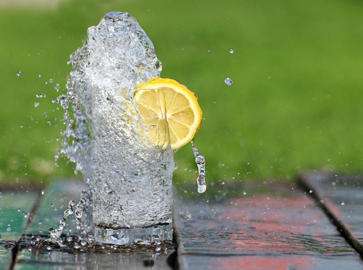 Covid e cervello: 10 alimenti Acqua