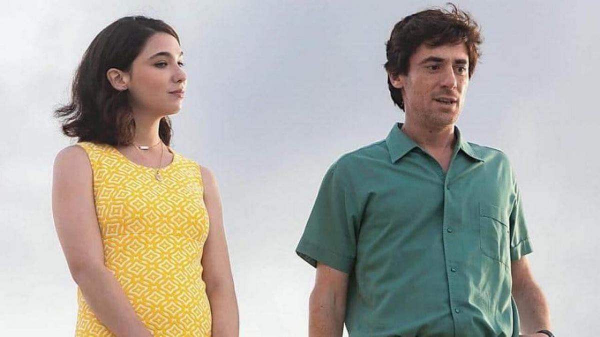 L'incredibile storia dell'isola delle rose una scena del film con i protagonisti