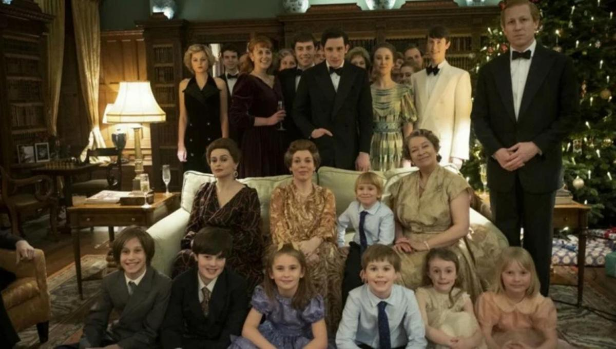 serie TV ad ambientazione storica royal family in the crown