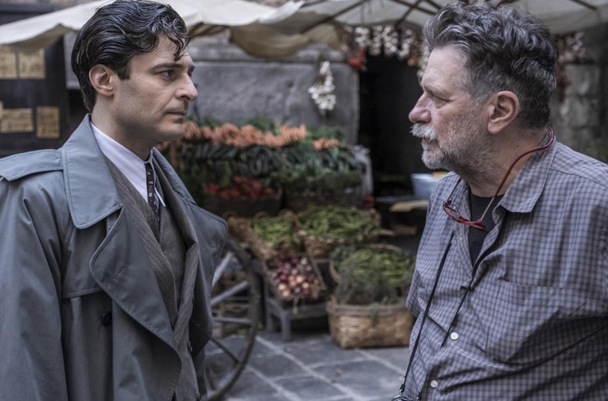 Il commissario Ricciardi una scena della serie