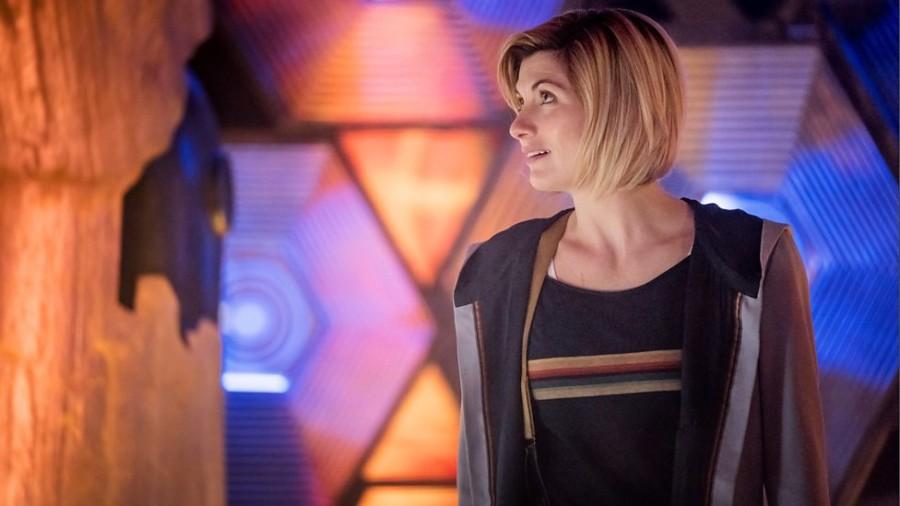 Jodie Whittaker sta lasciando Doctor Who una scena della serie