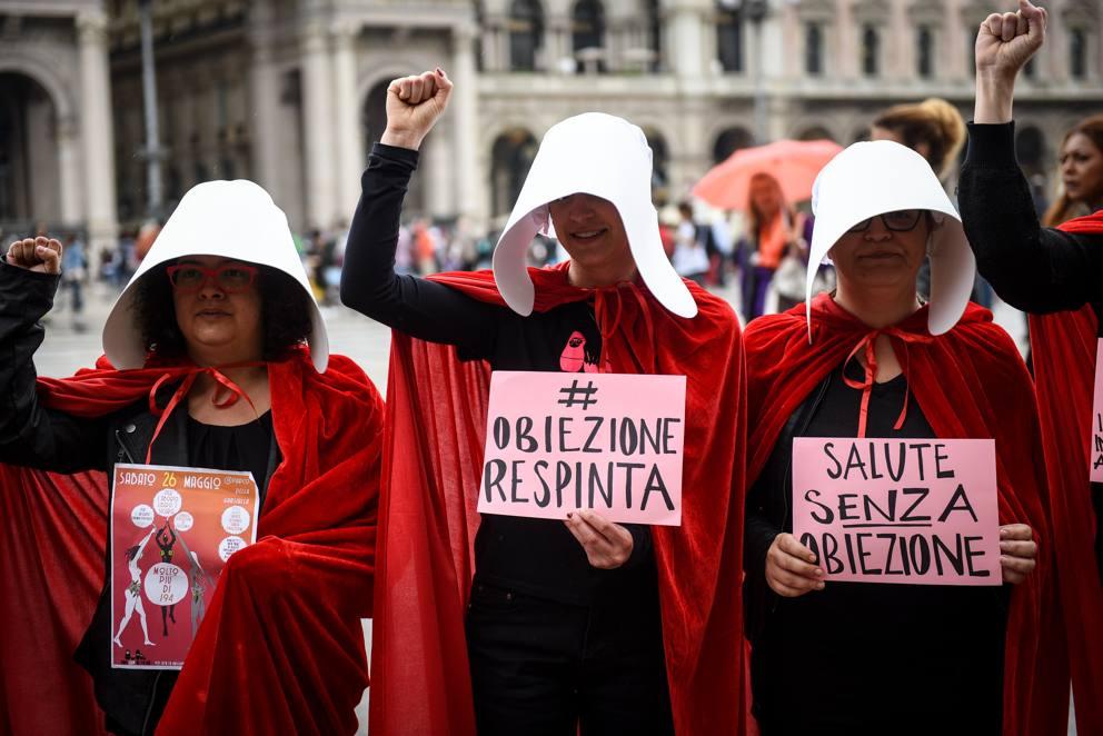 aborto manifestazione milano