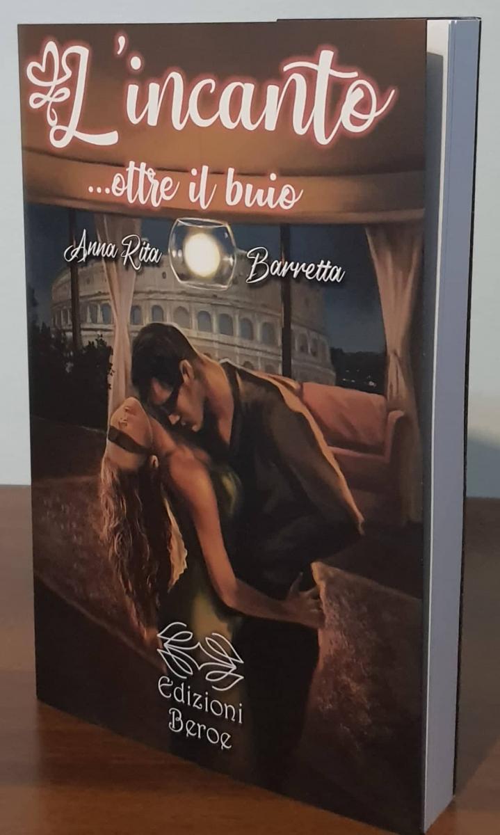 L'incanto… oltre il buio cover libro