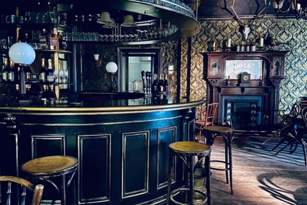 Peaky Blinders Stagione 6 pub