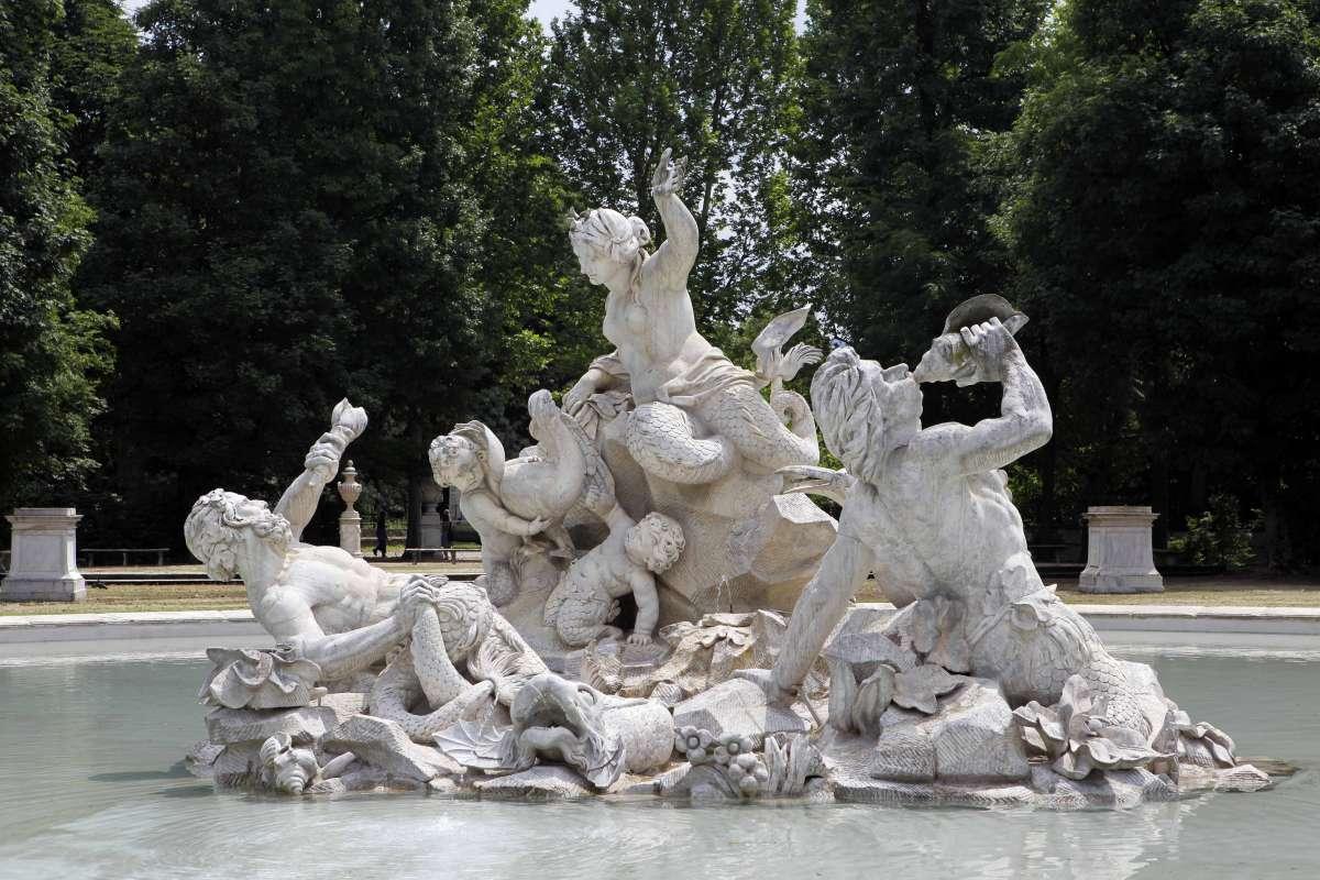 Torino fontana delle nereidi
