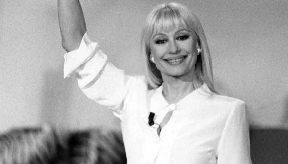 Raffaella Carrà carramba che sorpresa