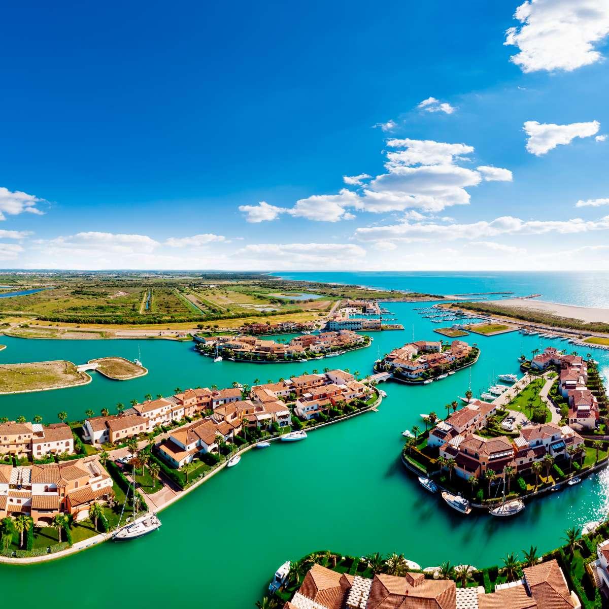 Le più belle spiagge del Sud Italia: vista dall'alto del paese di Policoro