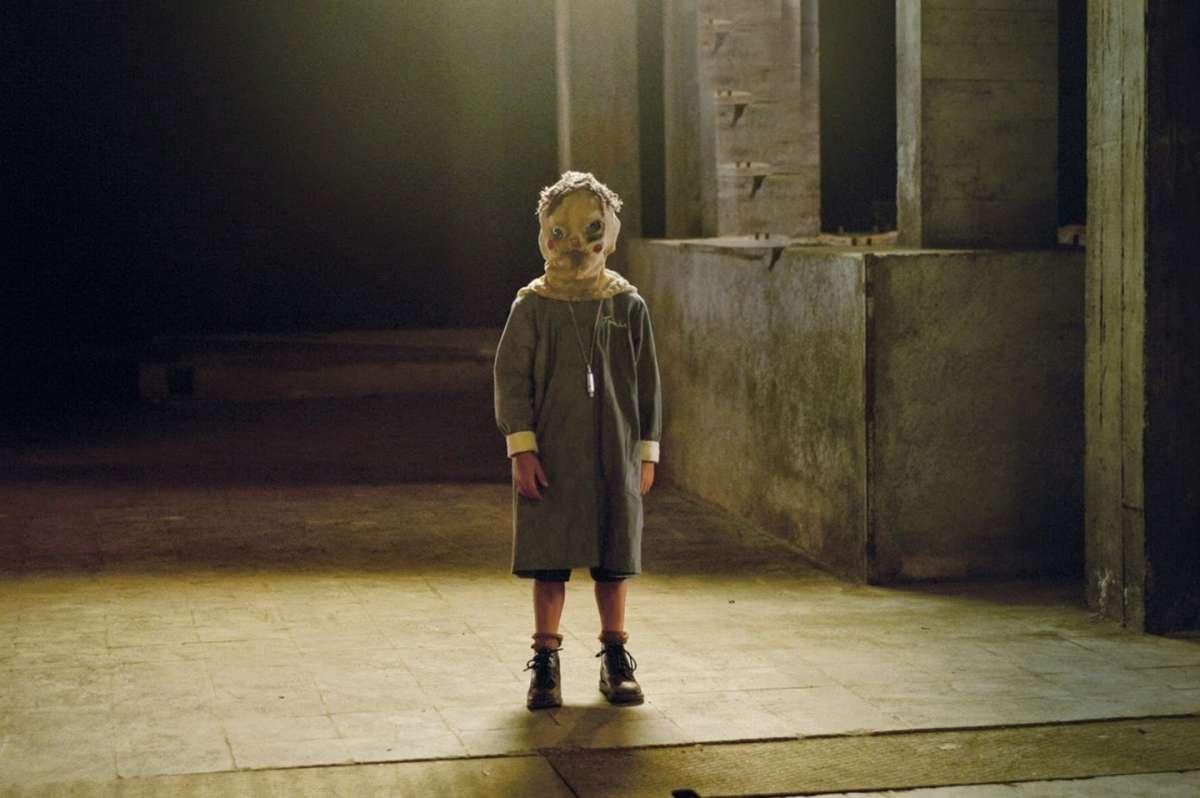 film Horror Netflix The Orphanage (2007)