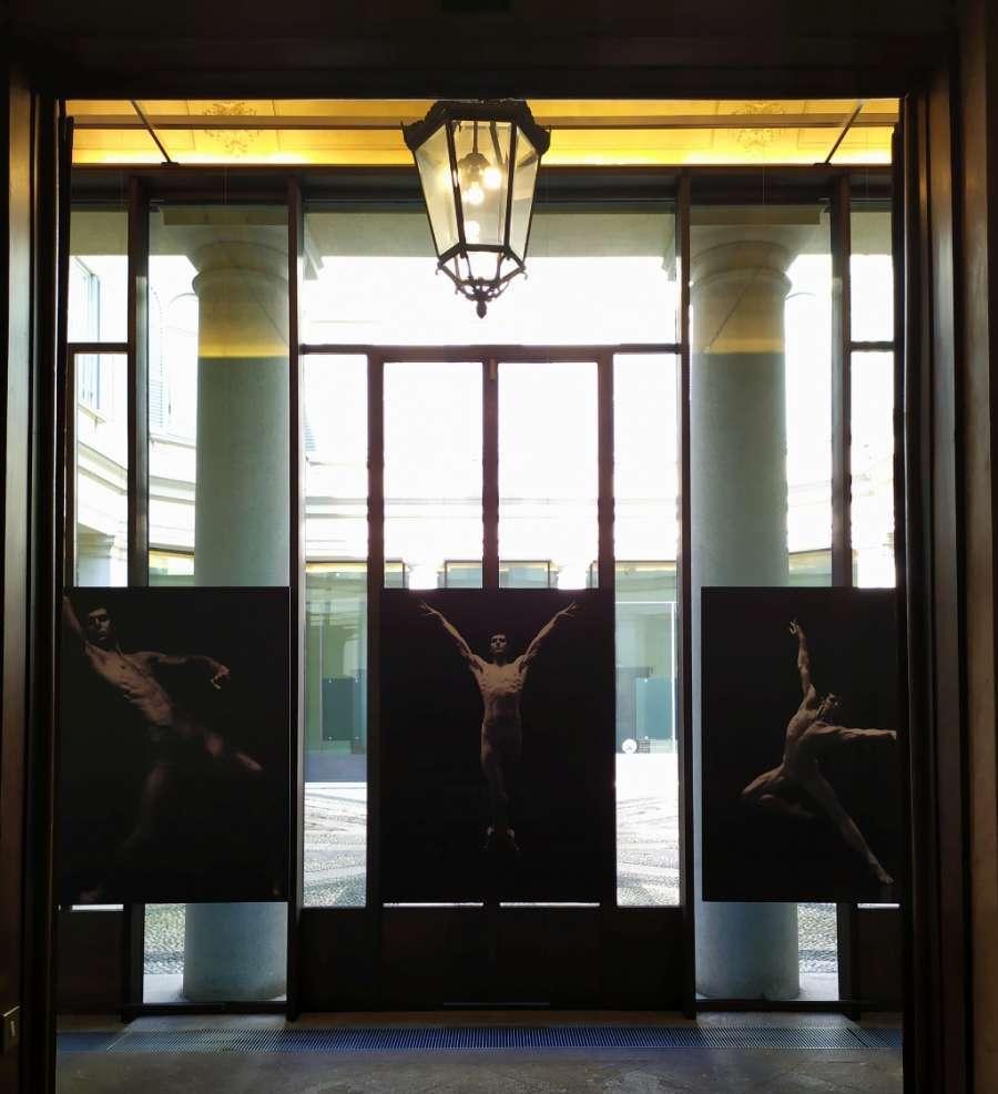 Roberto Bolle in tre fotografie di Giovanni Gastel